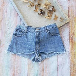 Levi's 550 High Waisted Cutoff Denim Shorts 12